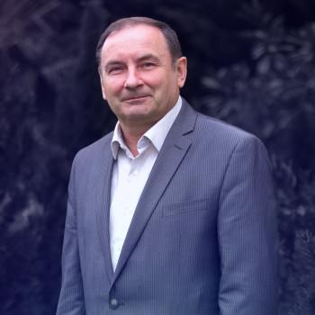 Николай Новик